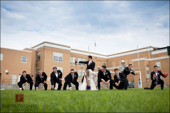 joe_flacco_makes_his_wife_play_center_in_a_wedding_photo